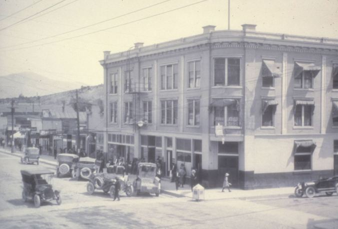 side of main street 1920s